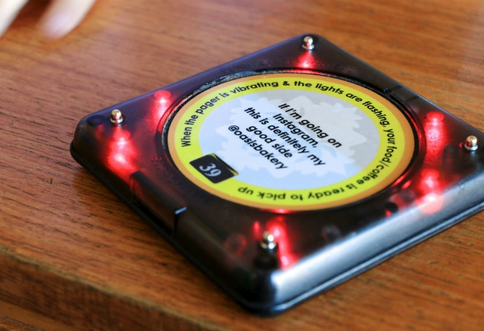 Oasis Bakery gives you a buzzer which rings when your food is ready. Now I can relax on my chair and wait for the buzz